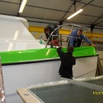 Applying vinyl wrap to hull